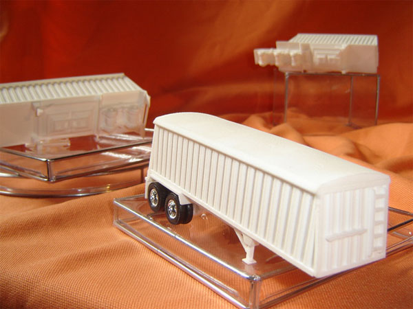 3D prototyped model tractor trailers